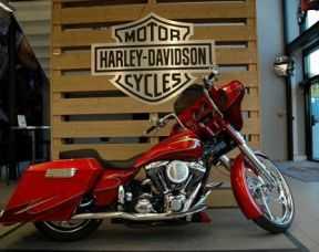 Harley-Davidson Covingtons House of baggers