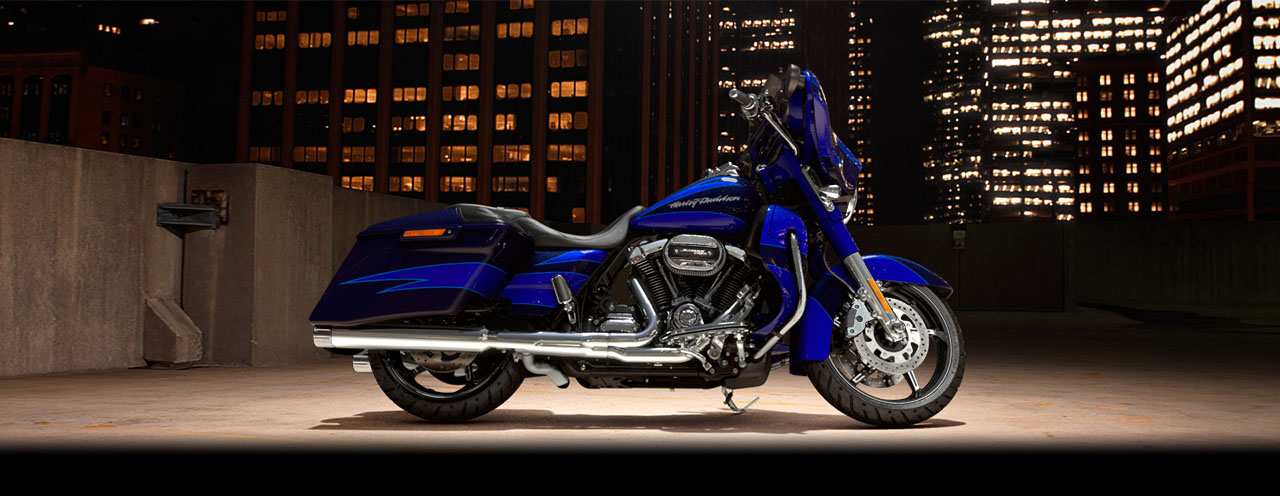 FLHXSE CVO™ Street Glide<sup><sup>®</sup></sup>