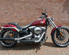 NEW FXSB Softail Breakout 2017 Velocity Red