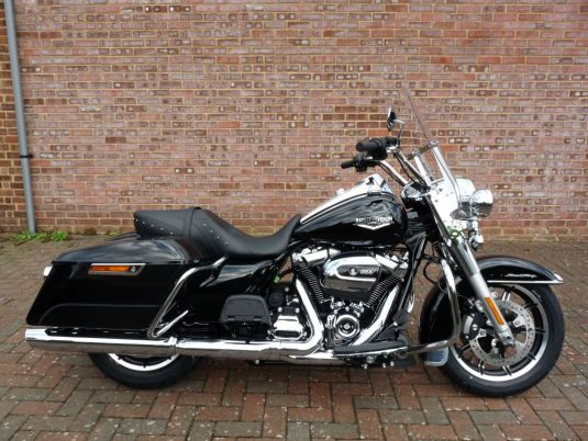 NEW Touring FLHR Road King 2017 Milwaukee Eight Engine