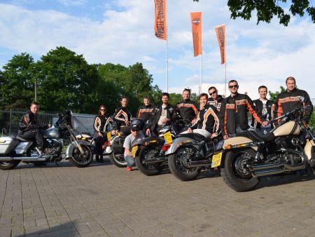 Pievienojies Harley-Davidson komandai!
