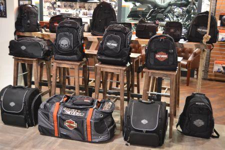 Сумки и рюкзаки Harley-Davidson.