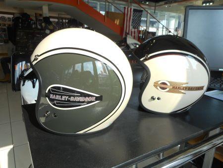 新商品のヘルメット入荷いたしました♪