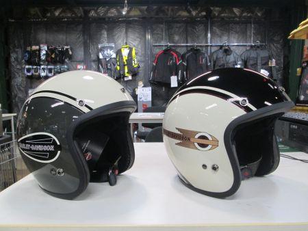 新作ヘルメット入荷!