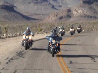 ハーレーダビッドソンのレンタルバイクご利用ください!