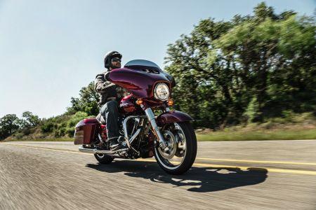 Harley-Davidson ponúka dvom jazdcom jazdu snov a vreckové 5 000 eur!