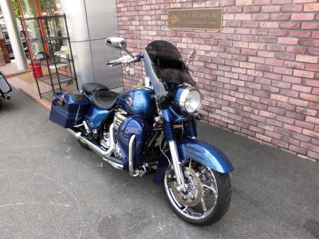 中古車入荷:FLHRSE5 CVO Road King