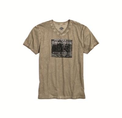 ベージュ Tシャツ