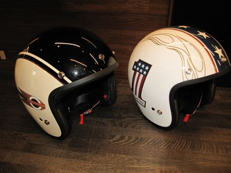 日本製ヘルメット展示中