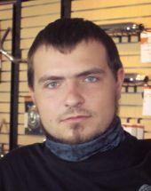 Евгений Овчаров