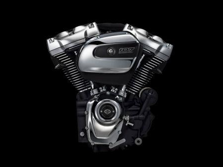 Testujeme pérování a nový motor Milwaukee Eight - Touring modely 2017!!!