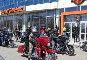 Леди Сибири и Harley-Davidson Новосибирск