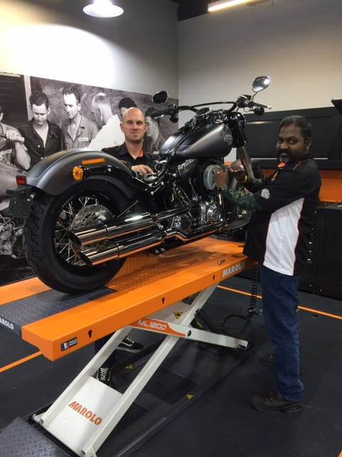 Did you know that there are only 2 MASTER TECHNICIANS in the GCC and that they both work in Harley-D
