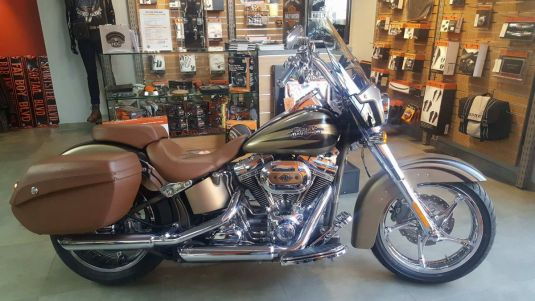 2011 FXSTSE CVO Softail Convertible