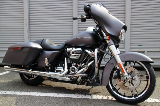 STREET GLIDE® SPECIAL
