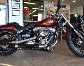 Harley-Davidson Breakout 2017