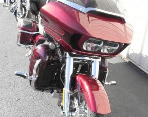 ROADGLIDE ULTRA CVO SCREAMIN' EAGLE