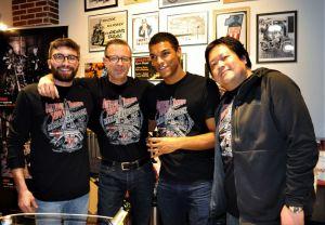 Soirée des 30 ans de la concession ATS Harley-Davidson Paris Bastille.  Les membres de l'équipe Harley avec leurs T-shirts Harley-Davidson édition limitée spéciale 30 ans.