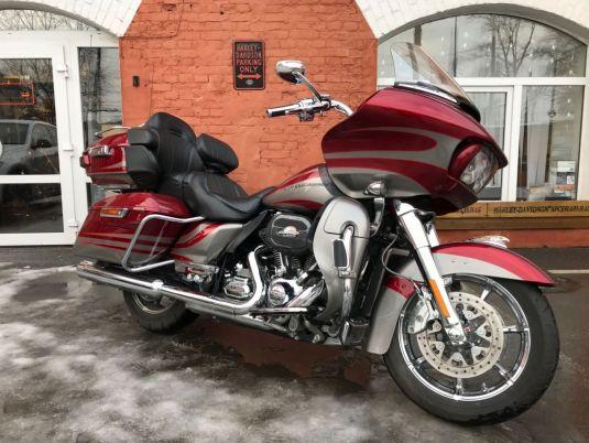 2015 Harley-Davidson Road Glide CVO