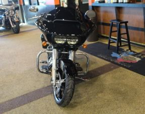 2017 Road Glide<sup>®</sup> Special