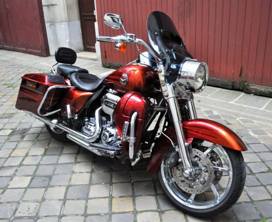 FLHRSE CVO Road King