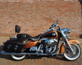 2008 FLHRC Road King Classic 105th Anniversary Model Just 300 miles