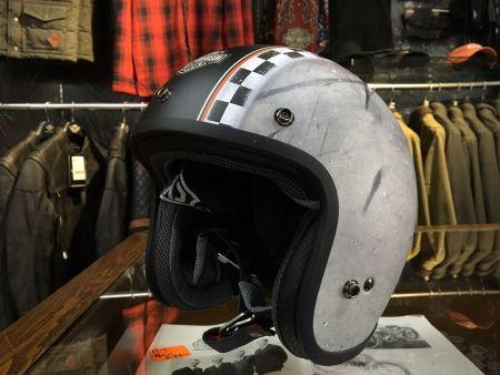 新作ヘルメット入荷