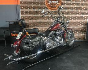 Harley-Davidson Heritage FLSTC
