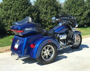 2017 Tri Glide Ultra - PRE-LOVED - LOW MILES - READY TO RIDE
