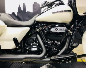 2018 Road Glide<sup>®</sup> Special