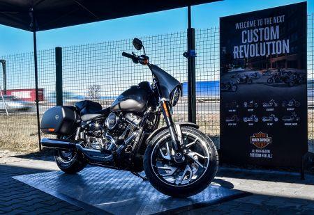Harley-Davidson Sport Glide направи дебюта си в България