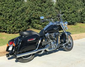 2014 FLHR Road King - LOTS OF EXTRAS!!