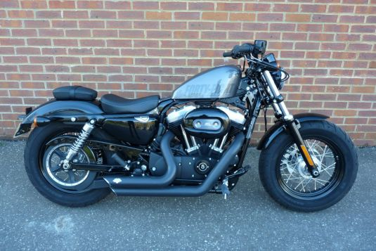 2015 XL1200X Sportster Forty-Eight in Charcoal Pearl, Full stage one