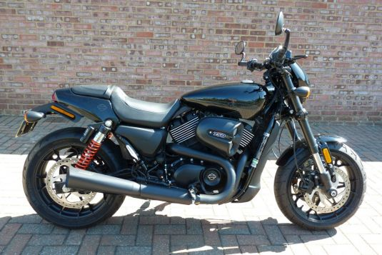 2017 Harley-Davidson XG750A Street Rod Vivid Black V&H Exhaust
