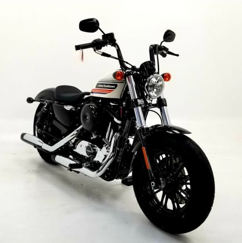 2018 Harley Davidson Forty-Eight Special billiard white