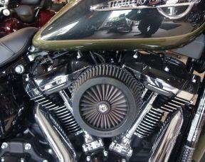 Harley-Davidson FLHC Heritage 107
