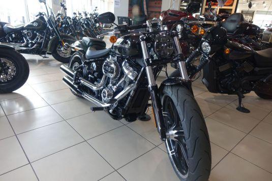 Harley-Davidson FXBRS Breakout 114
