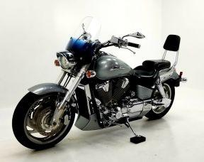 2002 Honda VTX1800 - SOLD AS IS