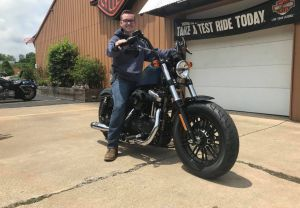 Brandon and his 18 Anniversary Sportster 1200!