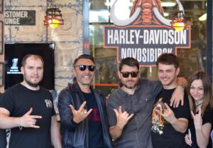 Сергей Шнуров в Harley-Davidson Новосибирск.