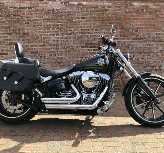 Preowned 2016 Harley-Davidson Breakout in Vivid Black