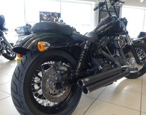Harley Davidson FXDB Dyna Street Bob 1690cc
