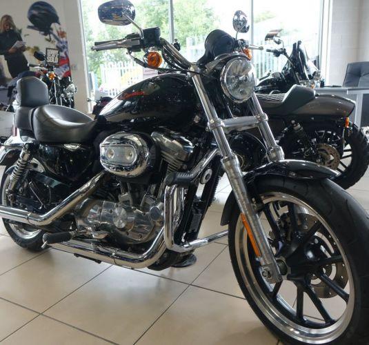 Harley-Davidson XL 883 Superlow