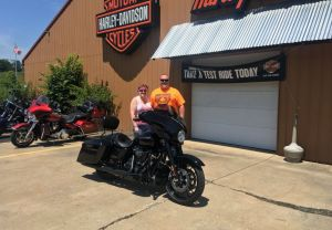 Tom and Brenda a huge congratulations on their 2018 Street Glide Special!