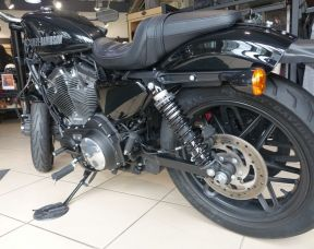 Harley-Davidson XL1200 CX Roadster