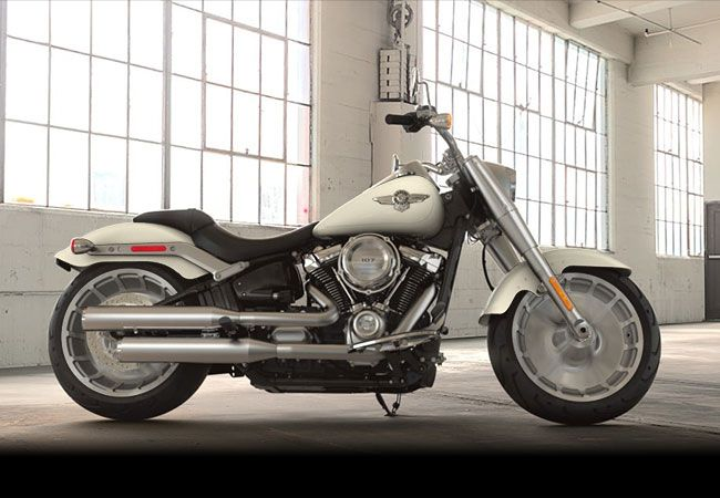 2018 Harley-Davidson<sup>®</sup> FLFB - Softail<sup>®</sup> Fat Boy<sup>®</sup>