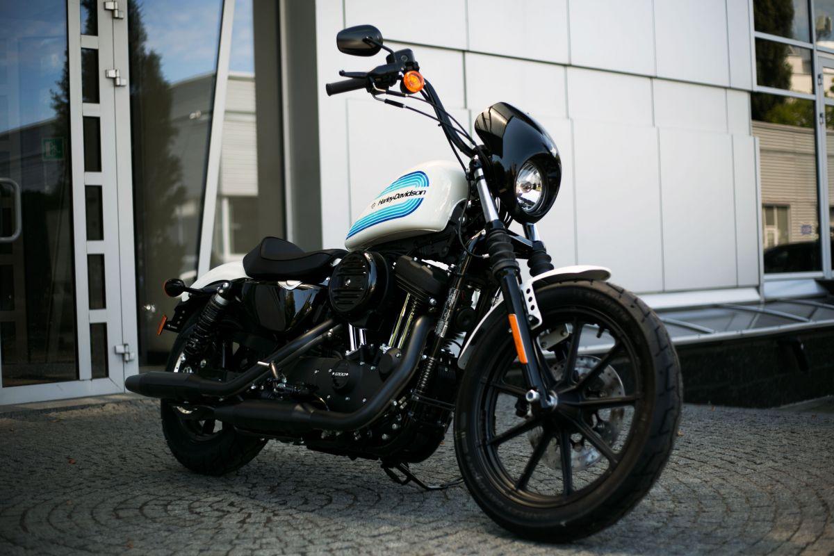 2018 Iron 1200
