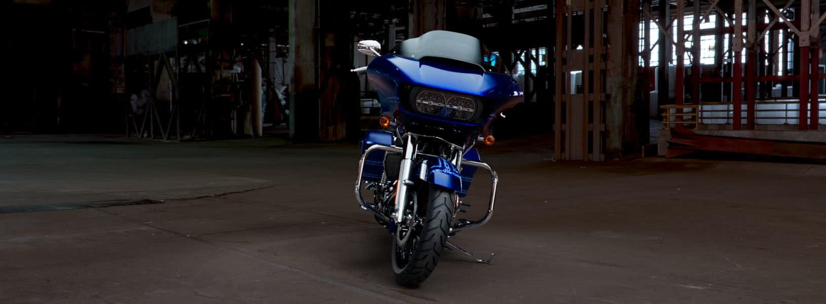 Road Glide® | 2019 Motorcycles | Harley-Davidson® Gold Rand