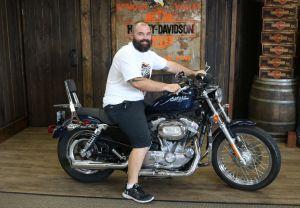 Andrews new Sportster 883 Low!