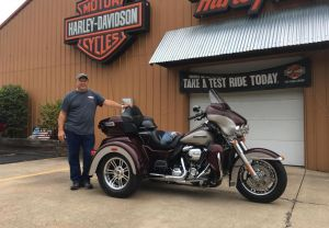 Chris and his new Tri-Glide!